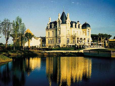 Bordeaux Wine and Castles Tour